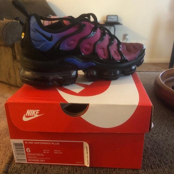 new products 4db80 88e64 Women's Nike Vapormax Plus